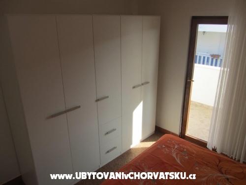 Apartmány Denis Supetar Brač - Supetar – Brač Chorvatsko