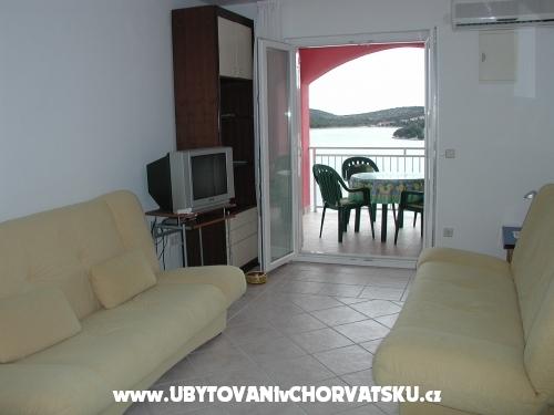 Apartmány Adi - Tisno Chorvatsko
