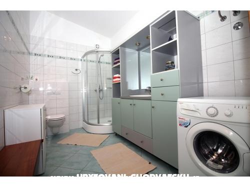 Apartmány  Balog - Tisno Chorvátsko