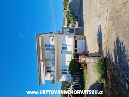 Apartmány Ecija - Tisno Chorvatsko