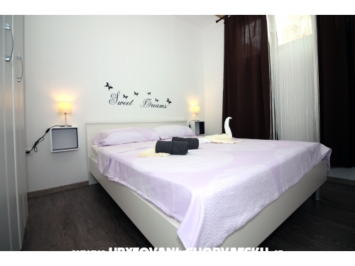 Apartmani Nika - Tisno Hrvatska
