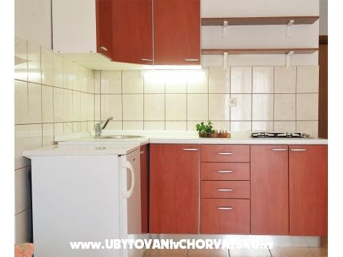 Appartements Petranic - Tisno Kroatien