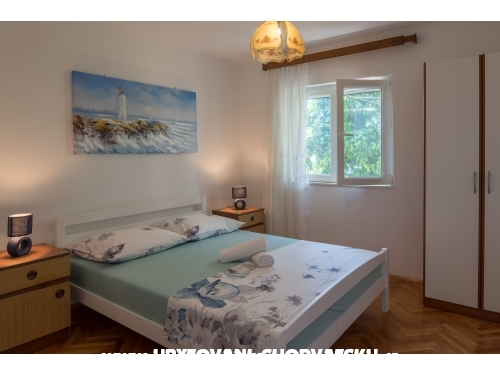 Pepica Apartmány - Trogir Chorvátsko