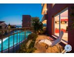 LAURA, 110 m2 pool, 100 m to beach - Trogir Croatie