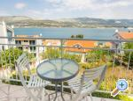 Trogir Apartment Gordana Seaview