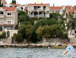 Apartment MLADEN, Trogir, Croatia