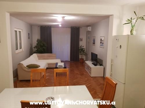 Apartmán Lana - Trogir Chorvatsko