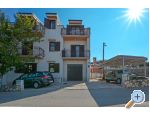 Trogir Apartments