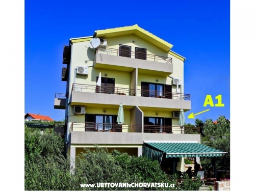 Apartm�ny Aniva - Trogir Chorvatsko