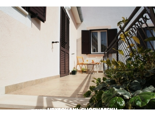 Apartments Ivana - Trogir Croatia