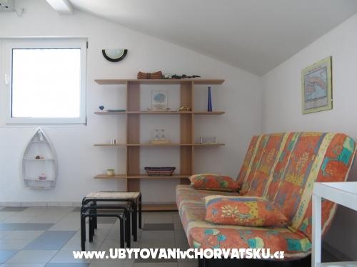 Apartmanok Jelena - Trogir Horv�torsz�g