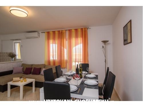 Apartmanok Karmen - Trogir Horvátország