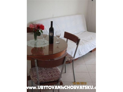 Appartements Kati� Slatine - Trogir Kroatien
