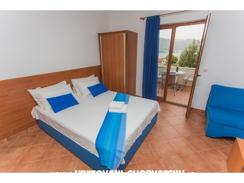 Apartm�ny Marin*** - Trogir Chorvatsko