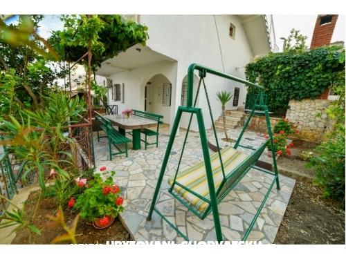 Apartmány Nada - Trogir Chorvatsko