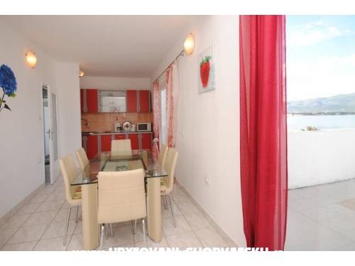 Apartmány Neva - Trogir Chorvatsko