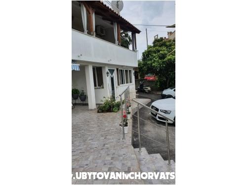 Apartmani Sandra - Trogir Hrvatska