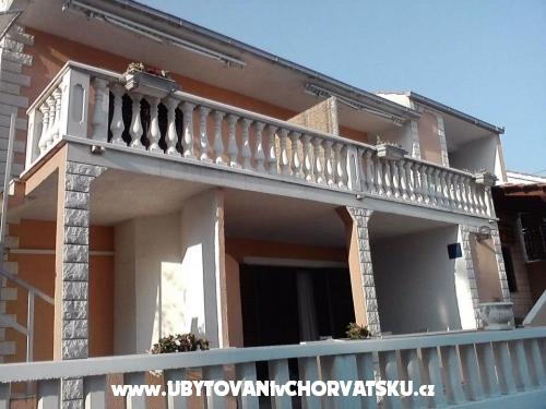Apartments Suzi - Trogir Croatia