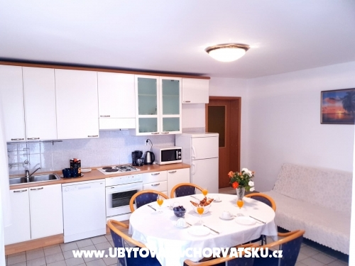 Apartments Tri palme - Trogir Croatia