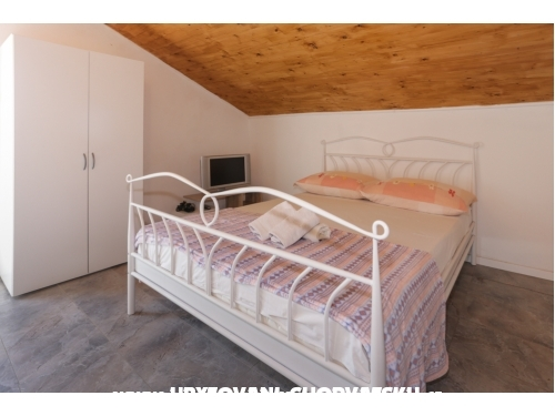 Apartments Leila - Trogir Croatia