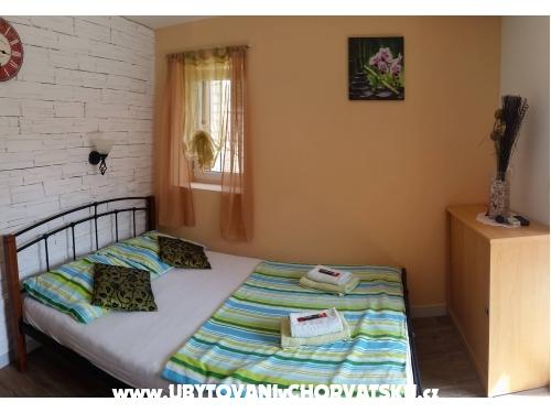 Apartmaji Stone Hiša - Trogir Hrvaška