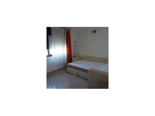 Apartma Tina - Trogir Hrvaška