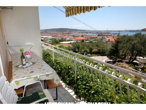 Apartmani Carmen - Trogir Hrvatska