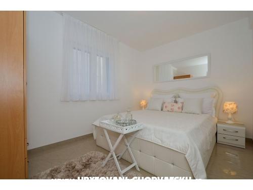 Apartments Igor - Trogir Croatia