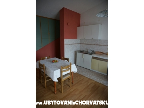 Apartmaji Ivan - Trogir Hrva�ka