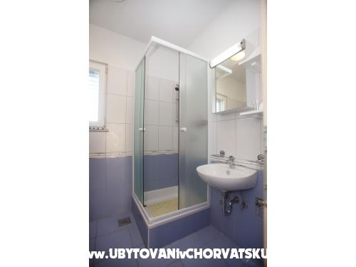 Apartmaji Noa - Trogir Hrvaška