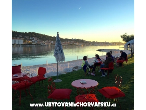 Apartments Santic - Trogir Croatia