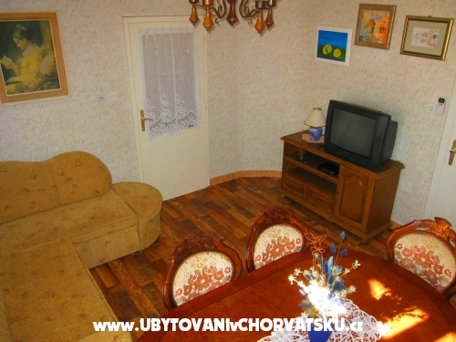 Apartmány Tragurium - Trogir Chorvatsko