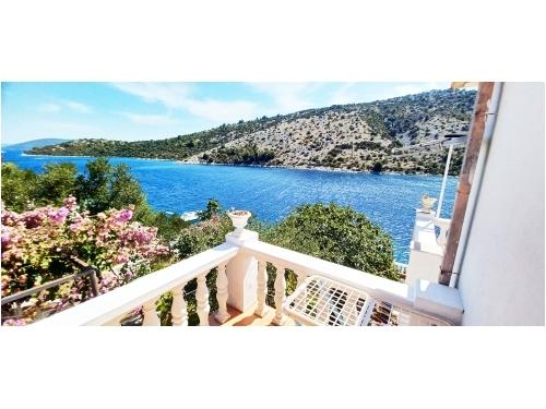 Appartementen Villa Carmen - Trogir Kroatië