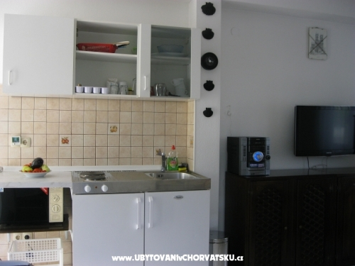 Casa Petar & Appartamento for 2 perso - Trogir Croazia