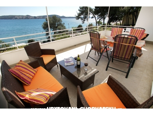 Luxury beach apartments ALENKA - Trogir Croatia