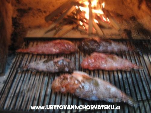 Marinovi Dvori - Trogir Croatie