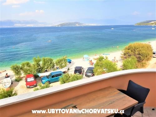 Marinovi dvori - Trogir Hrvatska