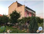 Appartements Orto - Trogir Kroatien