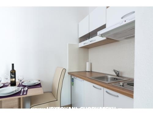 Studio-apartmani Plava Laguna - Trogir Hrvatska