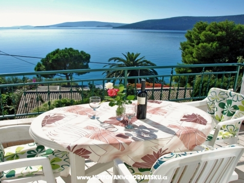 Apartments Milović 30 m od more - Trogir Croatia