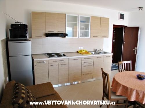 Sunshining Appartamenti - Trogir Croazia
