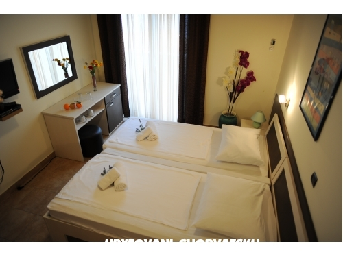 Apartments & Rooms Jelavić - Trogir Croatia