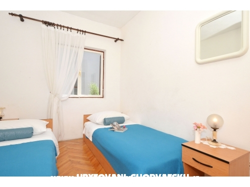 Villa Kuzmanic - Trogir Hrvaška