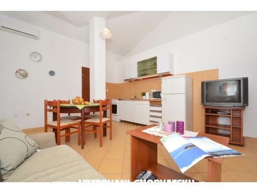 Villa Kuzmanic - Trogir Kroatien