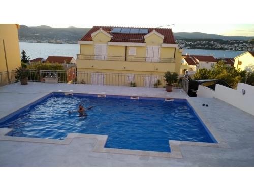 Villa Luna - Trogir Hrva�ka