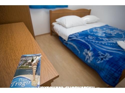Appartamenti Kairos - anex - Trogir Croazia