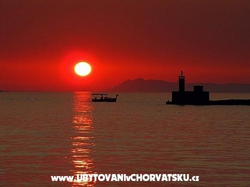 Vila Nikol - Trpanj � Pelje�ac Хорватия