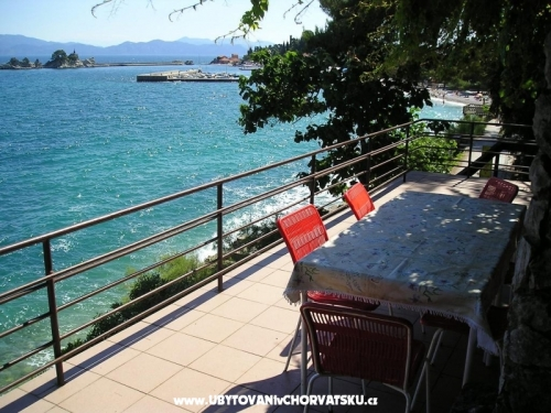 Apartm�ny Montana - Trpanj � Pelje�ac Chorv�tsko