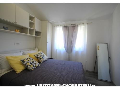 Apartmaji Acika - Tučepi Hrvaška