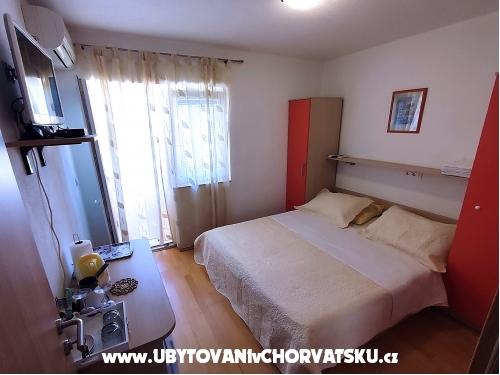 Apartmaji Tucepi Jakić - Tučepi Hrvaška